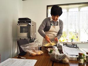 濱地佳世子先生